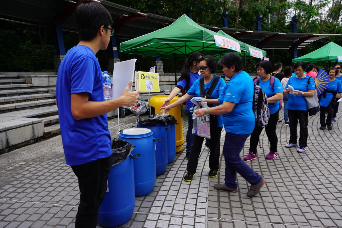 Green Ambassadors educate the public for clean recycling
